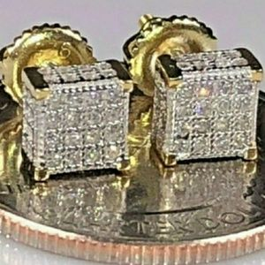 🎀 14k- .6 CT. Lab Dimond Iced Out Earings